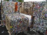 odpadové plechovky